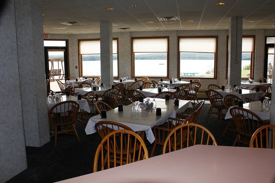 Baraga, MI: Dine and enjoy the view that we have to offer!