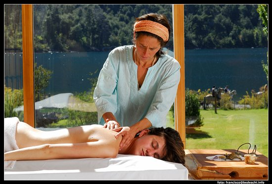 Estancia Peuma Hue: Master suite massage