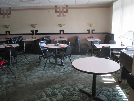 Wong's Kitchen: Dining area