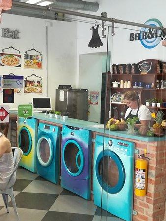 Beer & Laundry照片