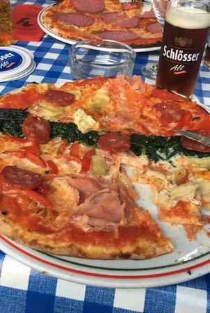 Grevenbroich, Tyskland: Pizza
