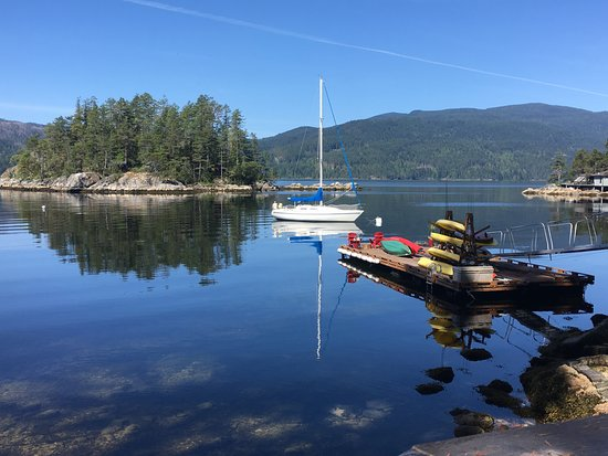 Sechelt, Canadá: View from one of the many decks