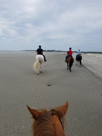 Sea Island, GA: Fun riding on the beach. Thank you The Stables At Frederica!