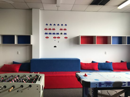 YHA Nelson by Accents: Lounge and Games Room
