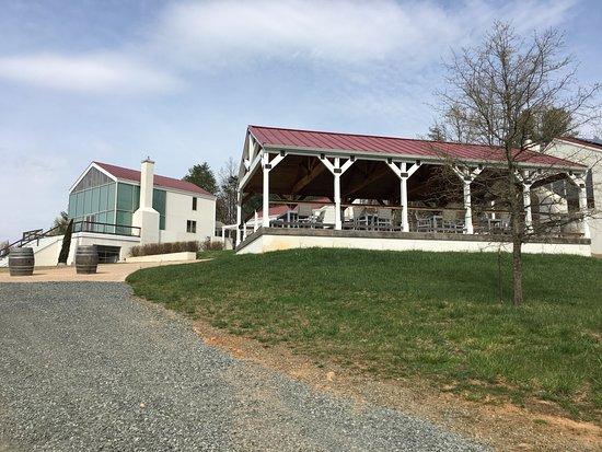 Dyke, VA: outside pavillion