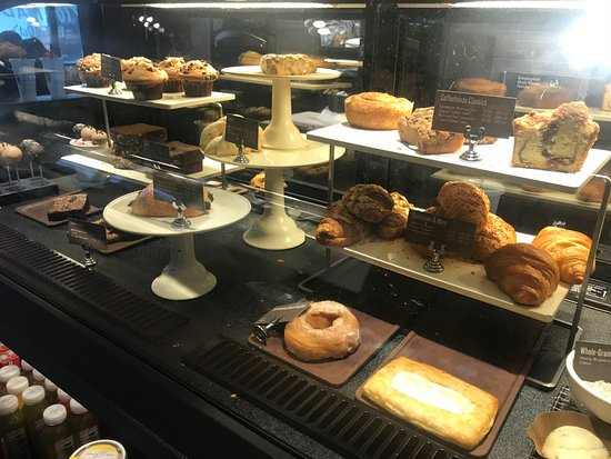 Starbucks: Pastry Selections