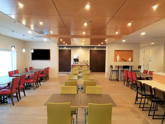 Holiday Inn Express Baltimore - BWI Airport West: Restaurant