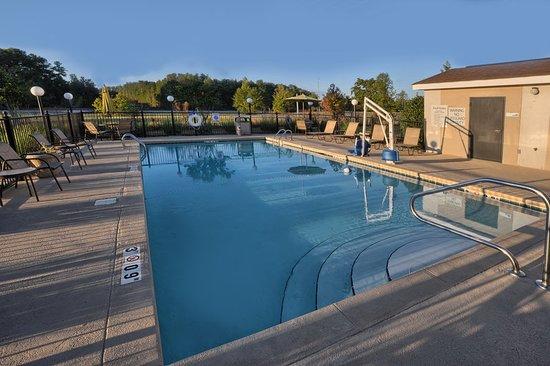 Pell City, AL: Pool