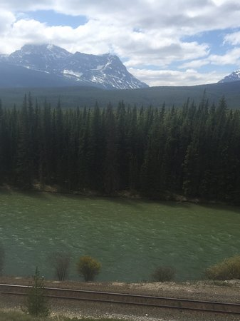 Bow Valley Parkway: View the of the river from the picnic spot by Castle Mountain ....pack a lunch and stop here!