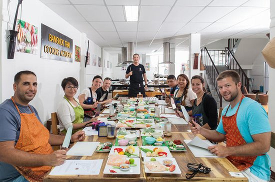 Half-Day Cooking Class in Bangkok