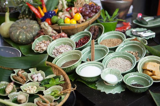 Private 4.5-Hour Thai Cooking Class...