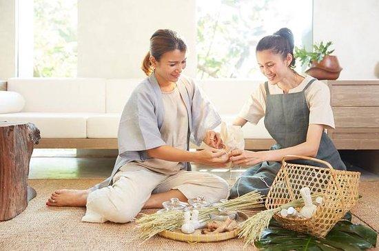 6 hours Thai Herbal Compress Workshop
