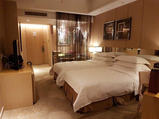 โรงแรมแพนแปซิฟิก เซียะเหมิน: 20180518_201150_large.jpg