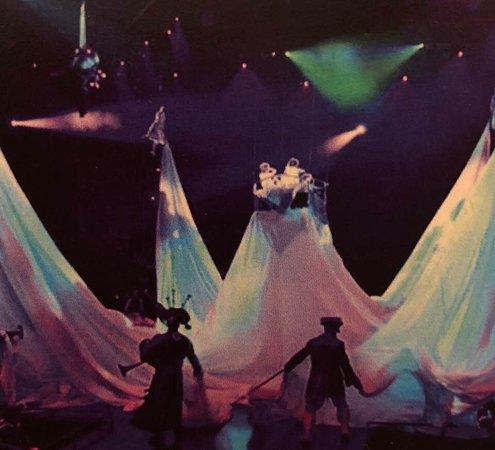 The Beatles - Love - Cirque du Soleil: Cloud dream sequence