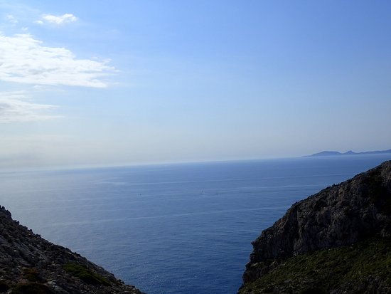 Cap de Formentor: see forever on a clear day