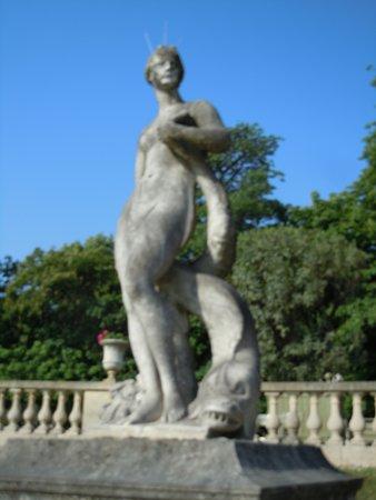 La Statue Venus au Dauphin