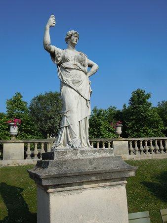 La Statue Junon Reine du Ciel