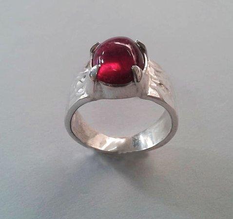 Sanur Jewellery Studio: Heidi's tourmaline full day gemstone setting 2 day course