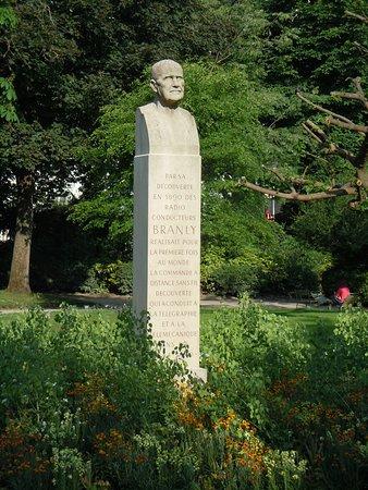 Le Buste d'Edouard Branly