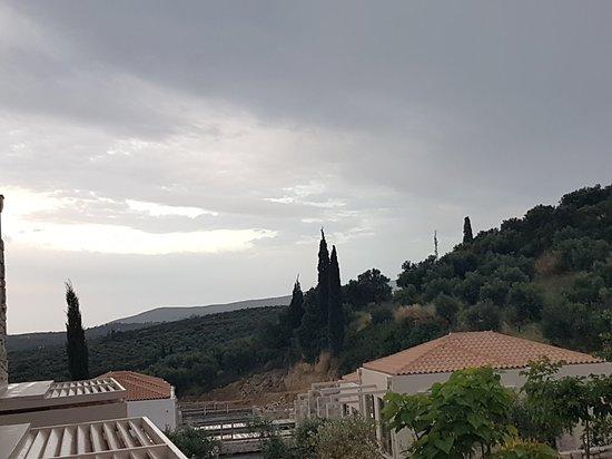 Camvillia Resort: 20180517_201431_large.jpg