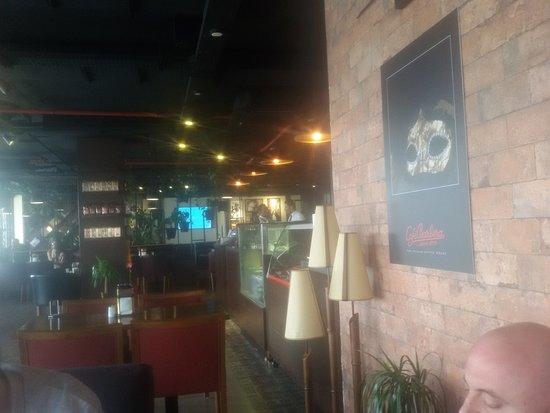 مقهى باربيرا أربيل: Very nice decor at the Barbera Cafe.