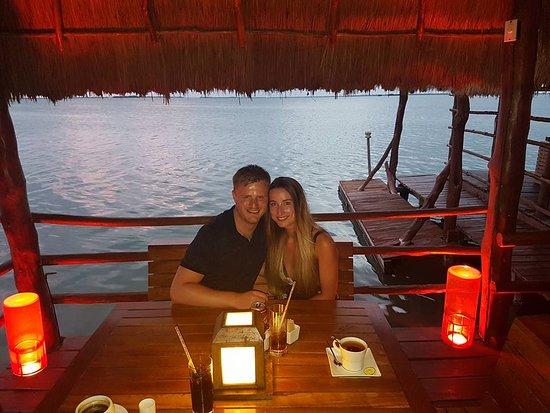 Thai Lounge: Lagoon hut