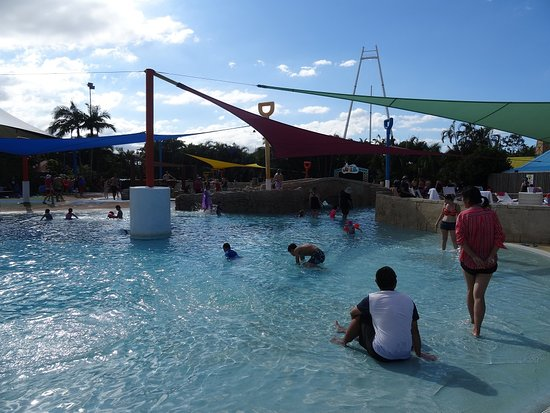 Wet'n'Wild Gold Coast: Kids area, shallow water and water cannons
