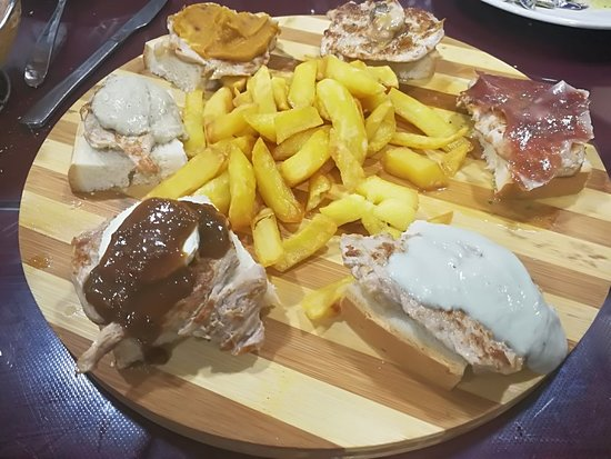 Las Cabezas de San-Juan, Spagna: IMG_20171118_223824_large.jpg