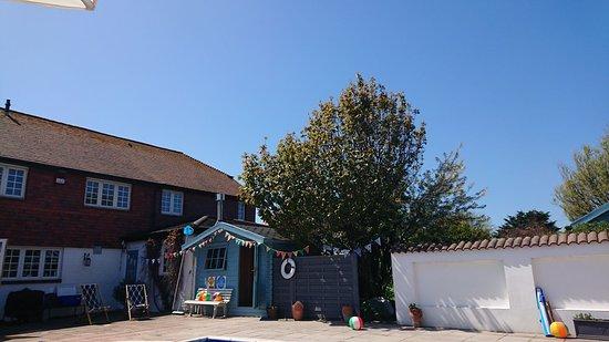 Cockle Warren Cottage: Blue sky