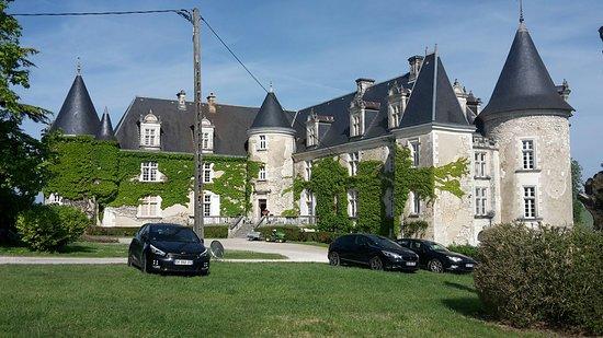 Bourdeilles, فرنسا: 20180519_100248_large.jpg