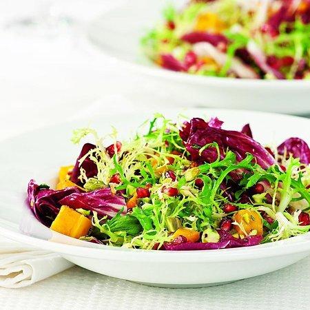 Garden House 2 Restaurant: green salad