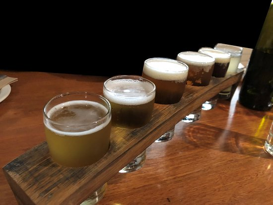 Beer Tasters Picture Of Boston Brewing Co Willoughby Park