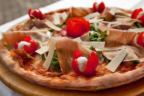 Schlieren, سويسرا: Sie wollen die beste Pizza von Zürich probieren? Kommen Sie vorbei =)