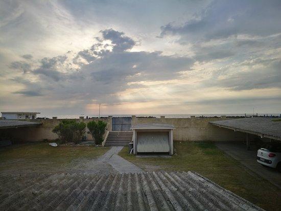 Hotel Lido: Vista mare bellissima, il resto da  rivedere