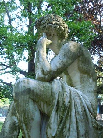 Statue Il Dispetto