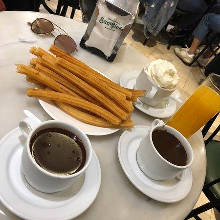 Chocolateria San Gines: churros and porros and hot chocolate