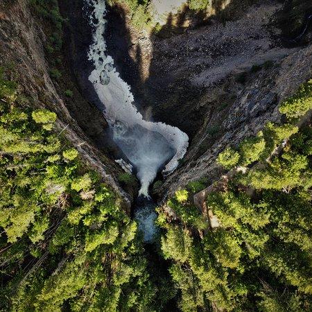 Spahat Falls Φωτογραφία