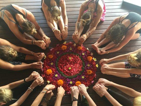 Serenity Yoga Lembongan: Final day of our Yin Yoga YTT!