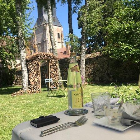 Thiron-Gardais, França: Top endroit . Accueil parfait