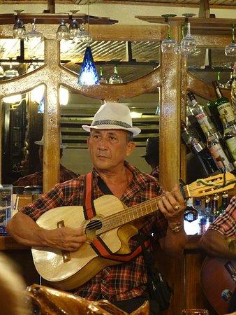 El Buen Sabor: живая музыка