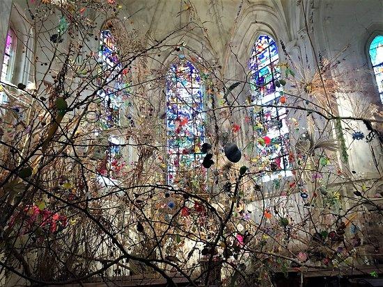 Centre-Val de Loire, France : Magnifique château et très belle exposition d'art contemporain