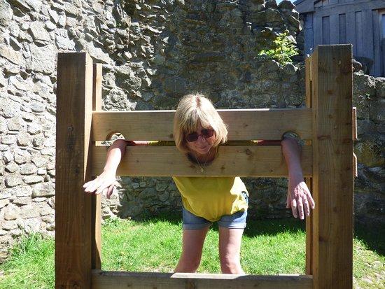 Whittington, UK: The castle stocks