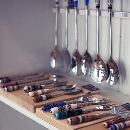 Skúmaskot: Houseware items with  glass by Nadine