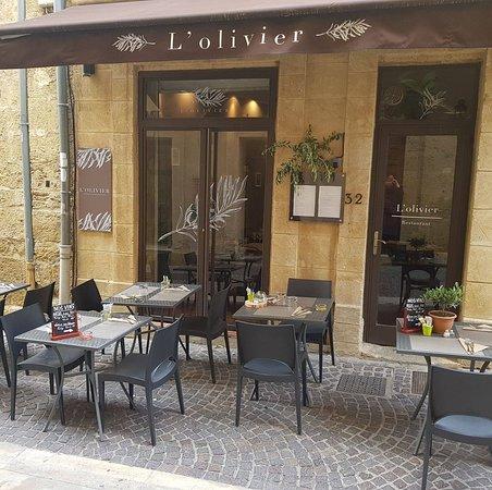 L 39 olivier salon de provence 32 rue du bourg neuf restaurant avis num ro de t l phone - Rue kennedy salon de provence ...