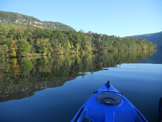 Canoe Kayak Chattanooga: Kayaking Tennessee River Gorge