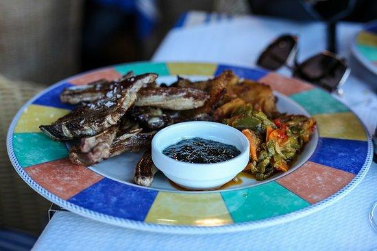 Restaurante El Pato: Lamb chops with menorcian potatoes!