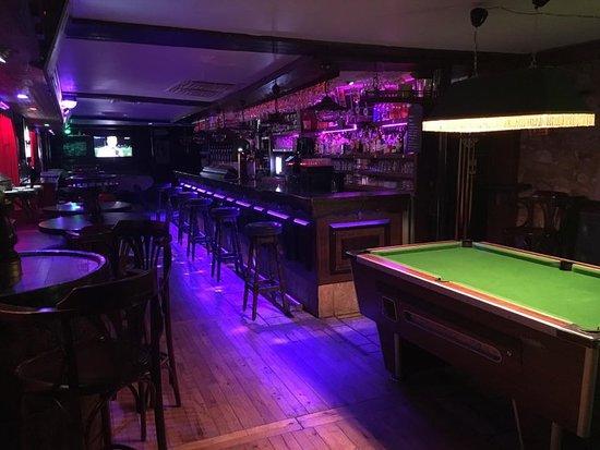 Hirusta Pub