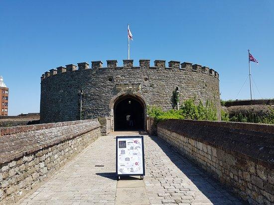Deal Castle: 20180519_133806_large.jpg