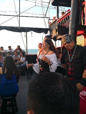 Capitan Hook Cancún: IMG_20180518_190429_large.jpg