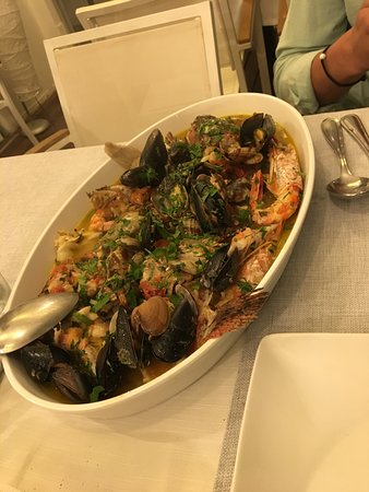 Ristorante Cap e Fierr : Various locally caught fish cooked with other seafood in a divine light broth